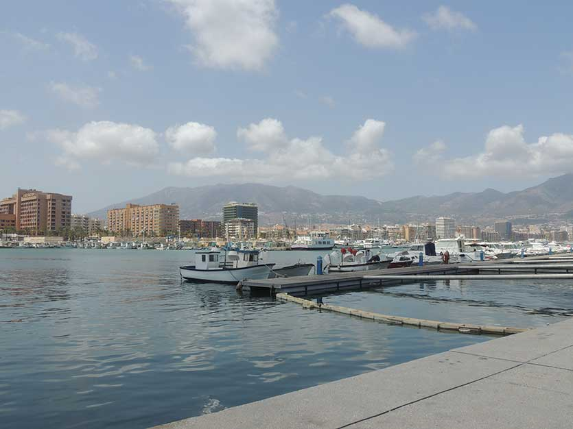 Пристань и гавань города