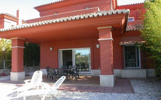 Таунхаус первой линии гольфа на продажу в Испании (Коста-дель-Соль — Santa ClaraSanta Clara Golf Marbella)