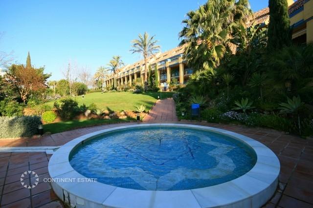 Апартамент на продажу в Испании (Коста-дель-Соль — Bahía de Marbella)