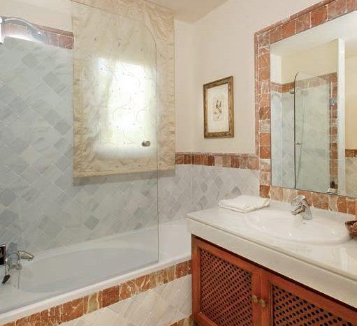 Ванная комната для гостей