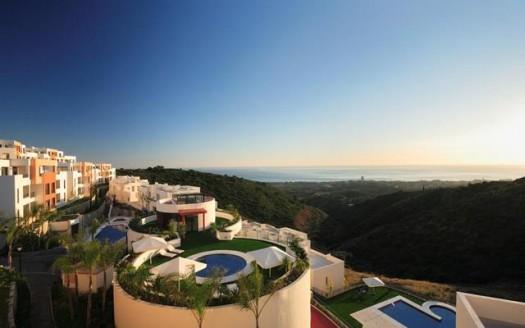 Новые апартаменты и пентхаусы на продажу в Испании (Коста-дель-Соль — Los Monteros Alto)