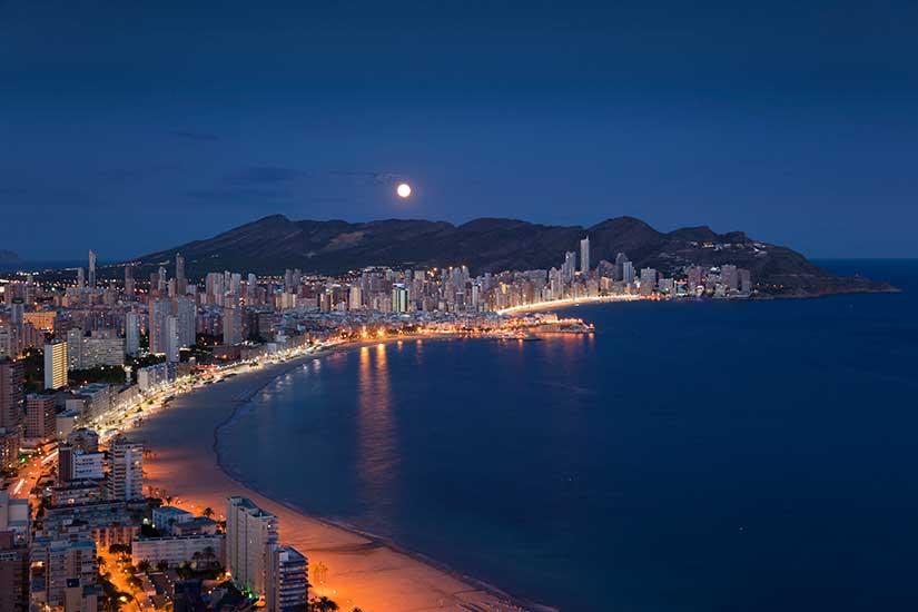 Ночная жизнь города