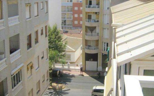 Однокомнатная квартира недалеко от пляжа в аренду в Испании (Коста Бланка — Torrevija, Центр города)