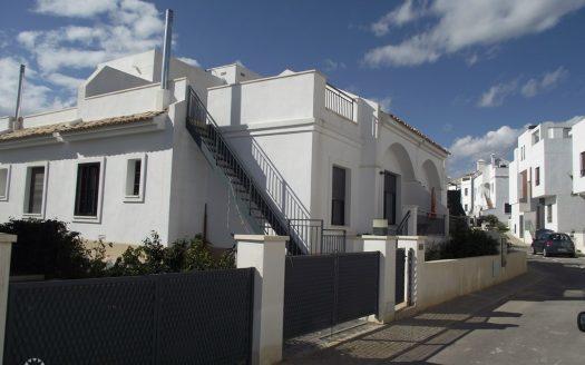 Новый дом рядом с гольф полем на продажу в Испании (Коста Бланка — Villamartin)