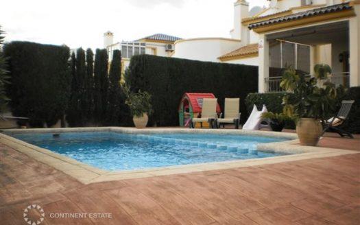Вилла на продажу в Испании (Коста Бланка — Playa Flamenca)