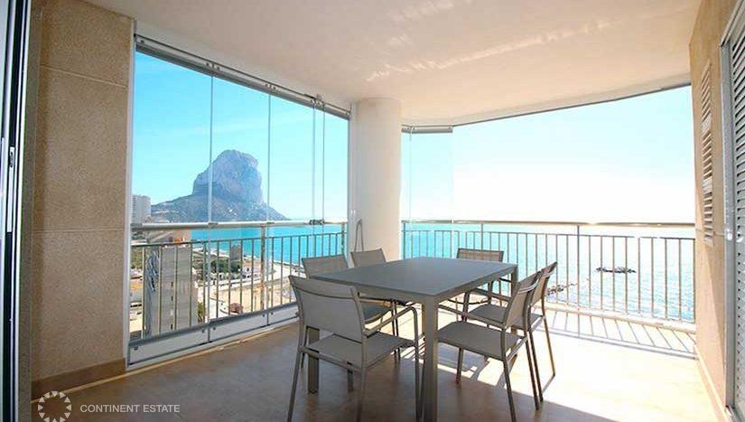 Апартамент на первой линии от моря в аренду в Испании (Коста Бланка — Calpe)