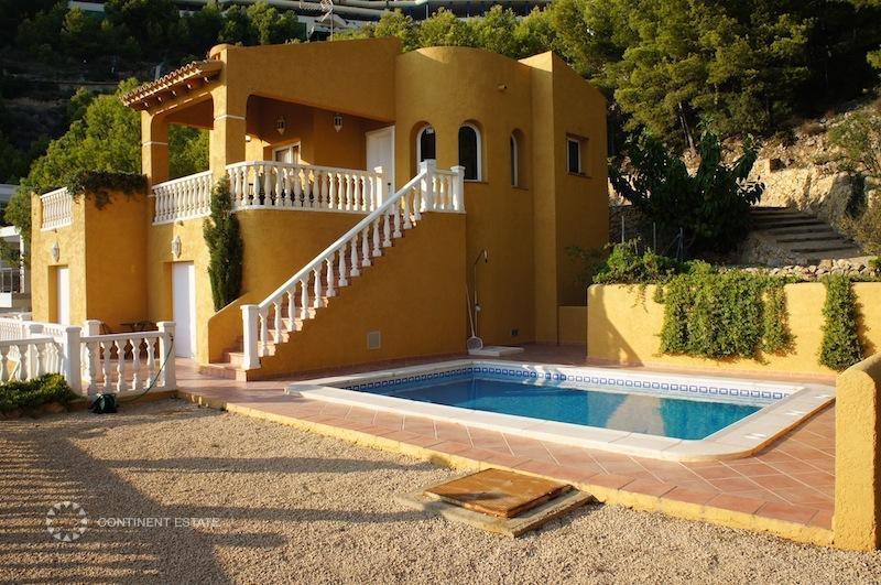 Испания недвижимость в алтея
