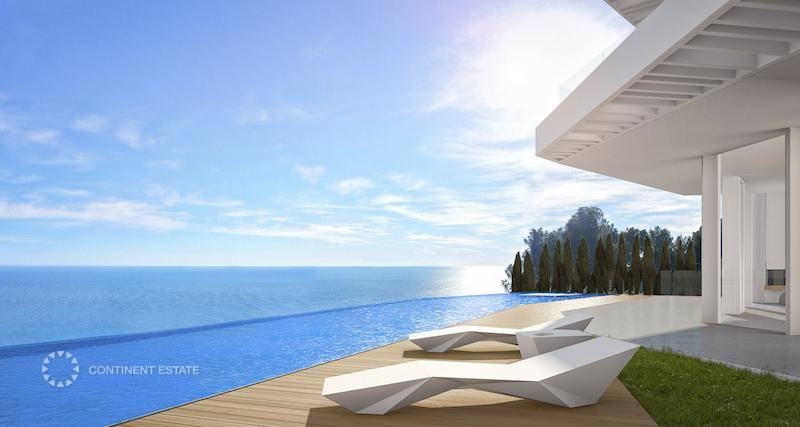Вилла на первой линии от моря на продажу в Испании (Коста Бланка — Javea)