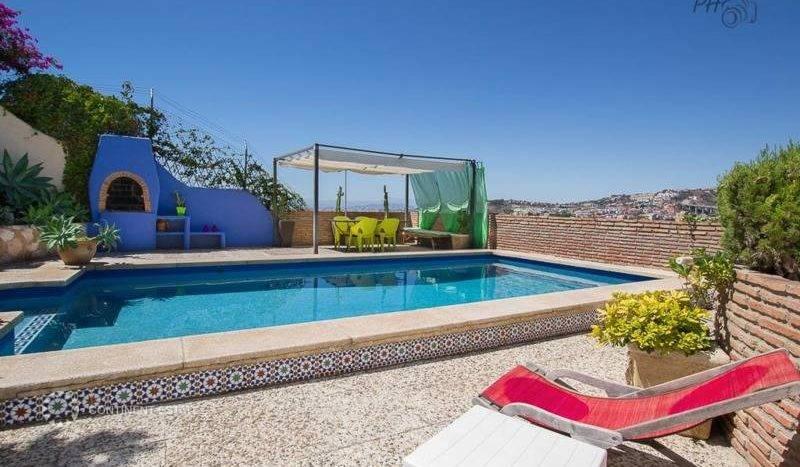 Вилла на продажу в Испании (Коста-дель-Соль, Малага, Недалеко от пляжа — Malaga)