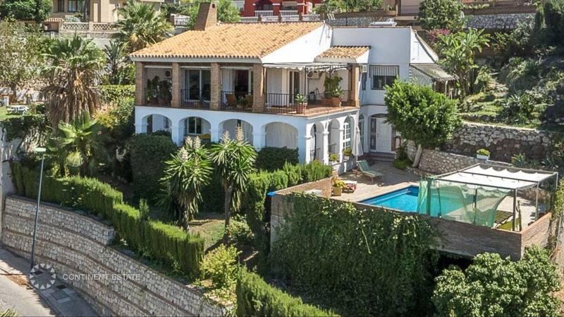Вилла малага купил квартиру за границей обманули