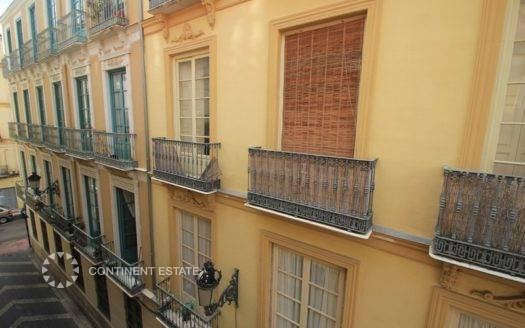 Двухэтажная квартира на продажу в Испании (Коста-дель-Соль, Центр города — Malaga)