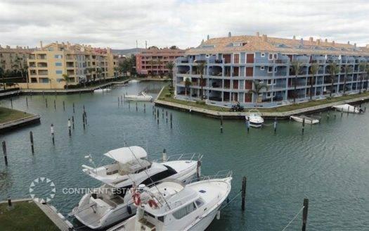 Апартамент на продажу в Испании (Коста-де-ла-Луc, Сотогранде — Marina de Sotogrande)