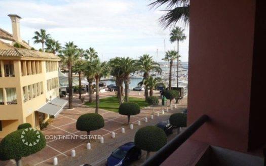 Апартамент рядом с портом на продажу в Испании (Коста-де-ла-Луc, Сотогранде — Marina de Sotogrande)