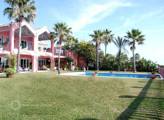 Вилла рядом с морем в аренду в Испании (Коста-дель-Соль — San Pedro de Alcantara)