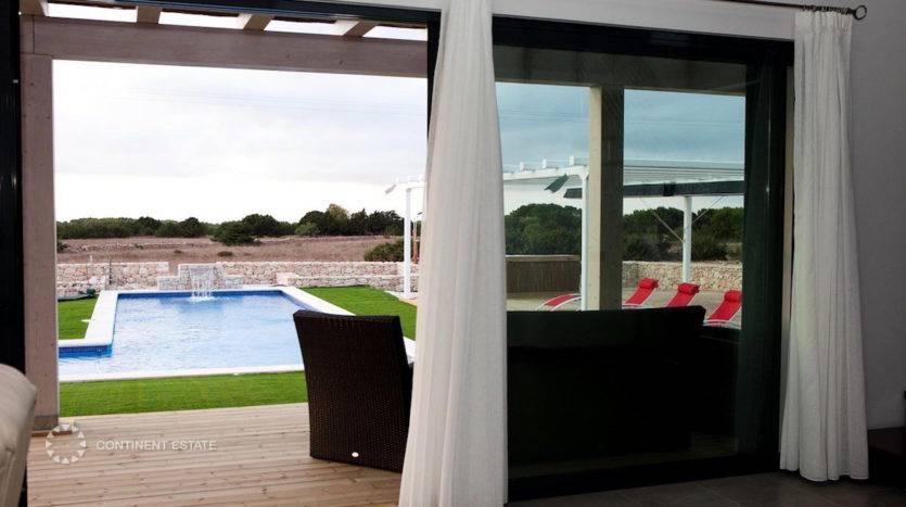 Современная вилла в аренду в Испании (Балеарские острова, Остров Форментера — Formentera)