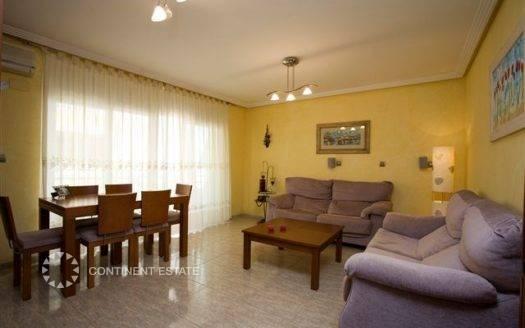 Апартамент рядом с пляжем на продажу в Испании (Побережье Коста Бланка — Торревьеха — Torrevieja)