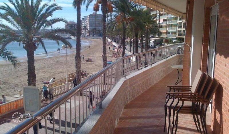 Апартамент рядом с морем на продажу в Испании (Побережье Коста Бланка — Торревьеха — Torrevieja)