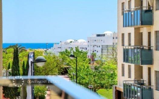 Квартира недалеко от пляжа на продажу в Испании (Побережье Коста Бланка — El Campello)