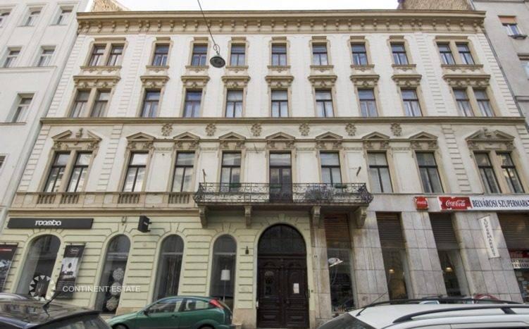 Квартира на продажу в Венгрии (Центральная Венгрия, Будапешт, 5-й район, Центр города — Budapest)