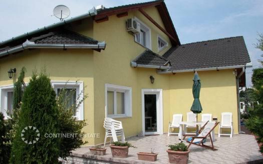Дом недалеко от озера Балатон на продажу в Венгрии (Шомодь, Шиофок — Siofok)