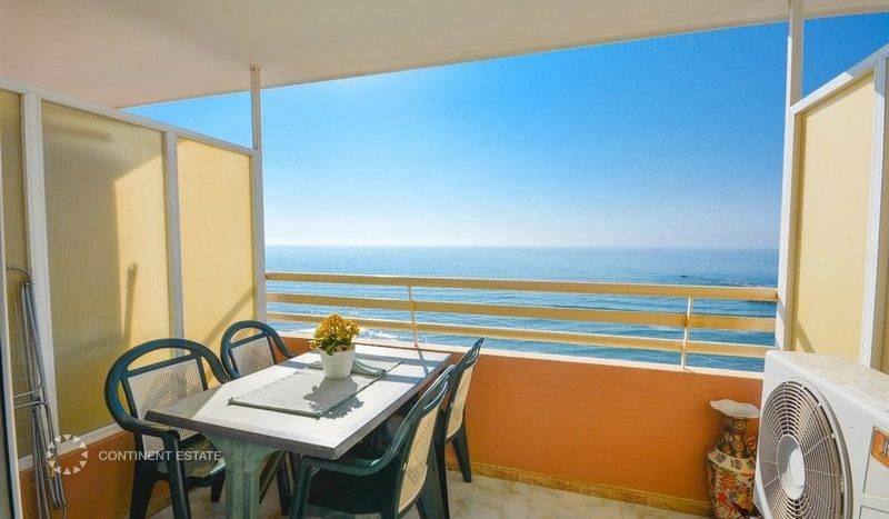 Квартира-студия рядом с пляжем на продажу в Испании (Побережье Коста-дель-Соль, Фуэнхирола — Fuengirola)