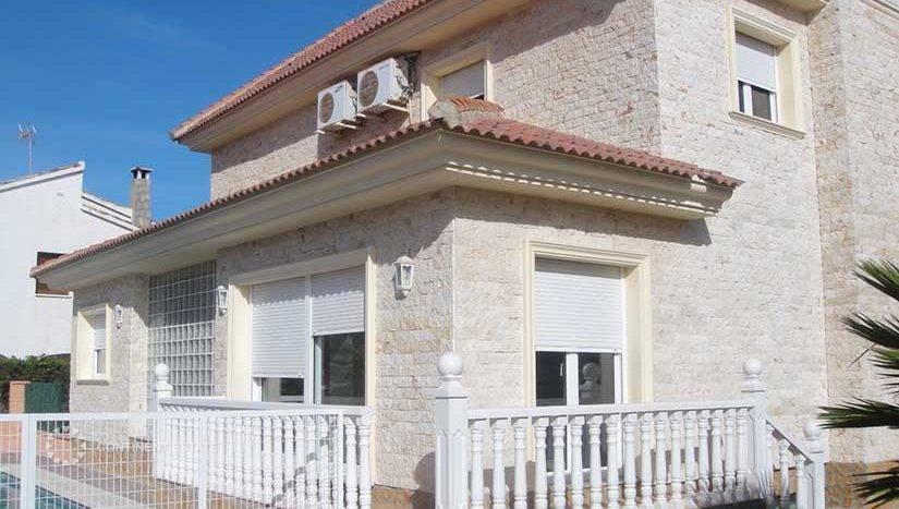 Вилла в аренду в Испании (Коста Бланка — La Zenia)