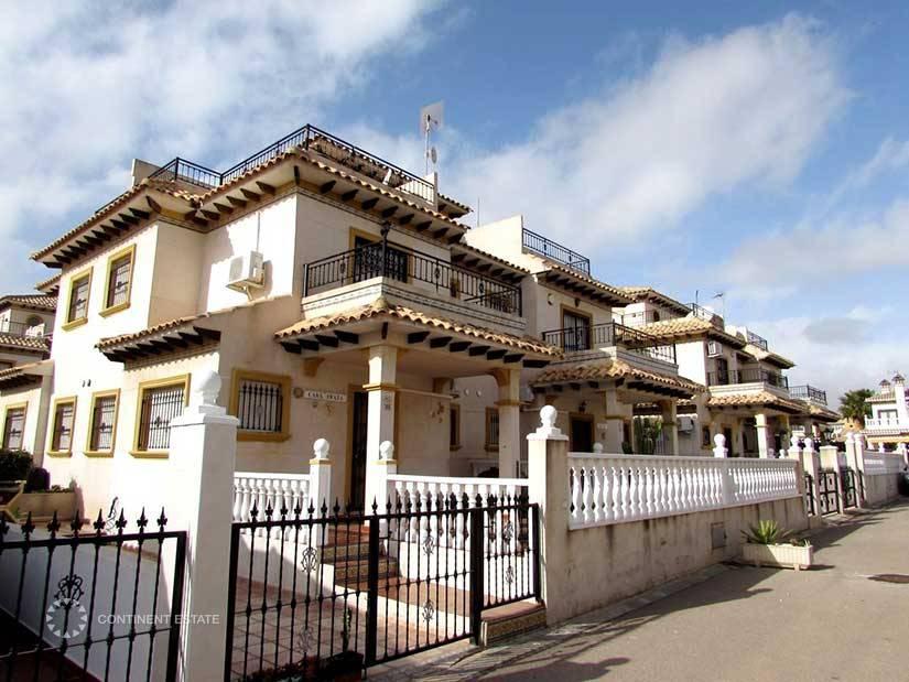 Недвижимость испания кабо-роиг