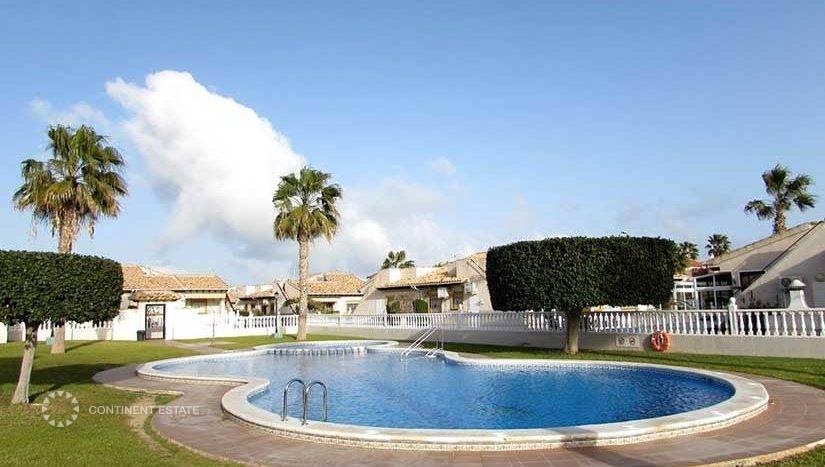 Таунхаус в аренду в Испании (Побережье Коста Бланка, Ориуэла Коста — Cabo Roig)