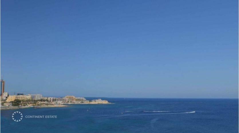 Пентхаус рядом с морем на продажу на Мальте (Центральный регион — Tas-Sliema)