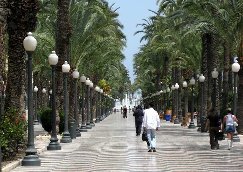 Пешеходный бульвар Эспланада (Аликанте)