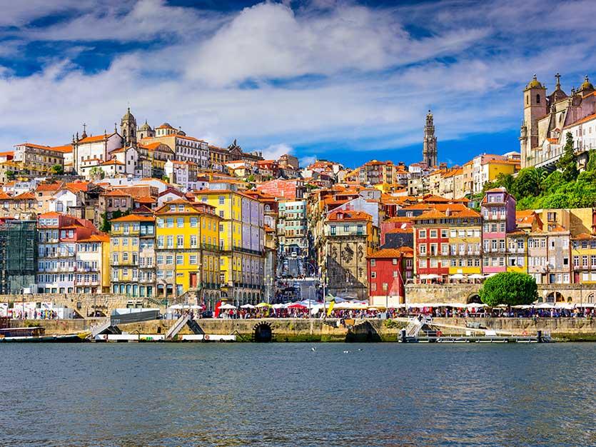 Программа для инвесторов «Золотая виза» в Португалии