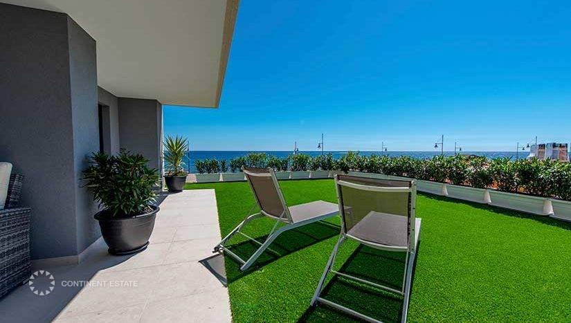 Апартаменты на продажу в Испании (Побережье Коста Бланка, Ориуэла Коста — Punta Prima)