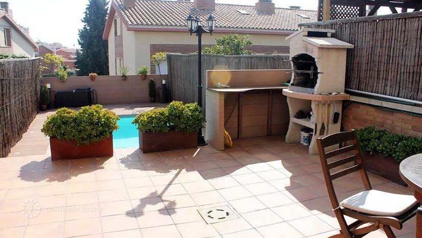 Таунхаус в аренду в Испании (Коста-дель-Маресме, Барселона — Sant Vicenç de Montalt)