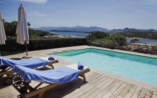 Вилла в аренду близко к пляжу в Италии (Остров Сардиния, Ольбия-Темпио — Capo Coda Cavallo)